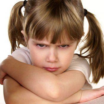 Te decimos cómo ayudar a los niños a aceptar las criticas.