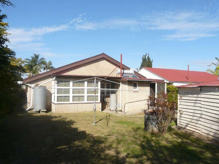 2 Collins Street WOODY POINT