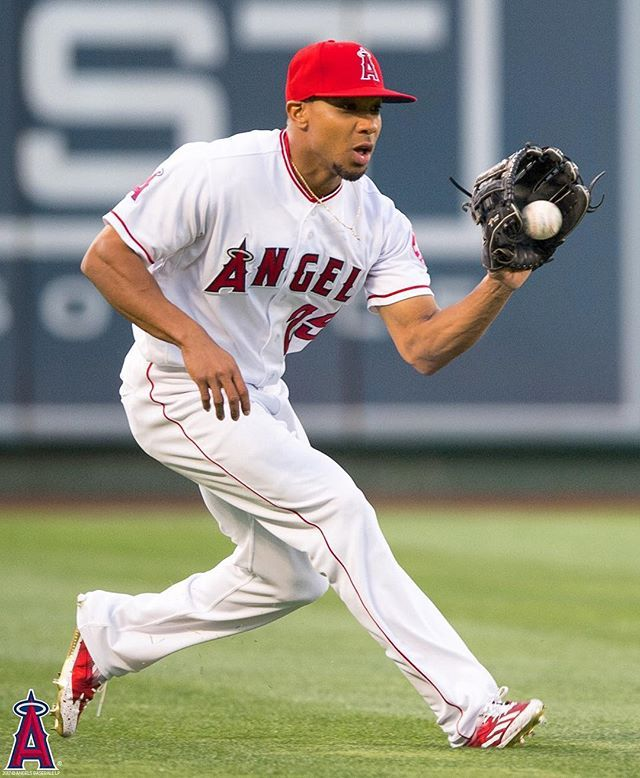 With no #Angels game today, get your fix by checking out the best photos from this past homestand on thehaloway.com!  -     Angels Photo Stream | MLB.com