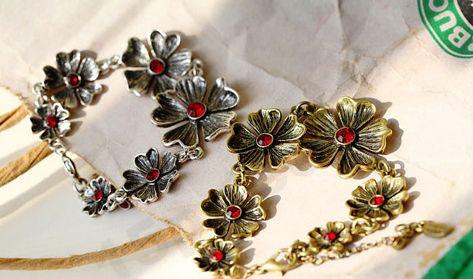 Bracelet en alliage de zinc, avec 5cm chaînes de rallonge, fleur, Plaqué de couleur de bronze antique, avec strass, 23x2.3cm