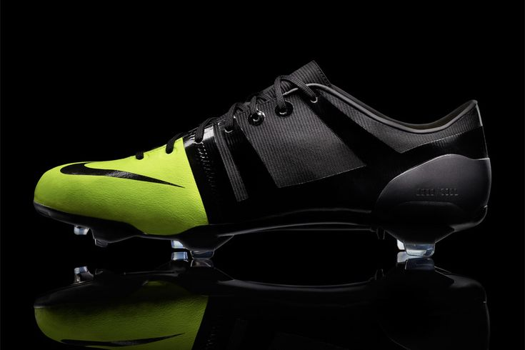 Nike GS Soccer Boot – the neon green doesn't do anything at all for me, but apparently they have some pretty trick tech making these things the lightest football boot ever.