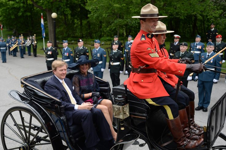 King Willem-Alexander and Queen Maxima of the Netherlands arrive at Rideau Hall in Ottawa on Wednesday, May 27, 2015.  (Sean Kilpatrick/The Canadian Press via AP) MANDATORY CREDIT