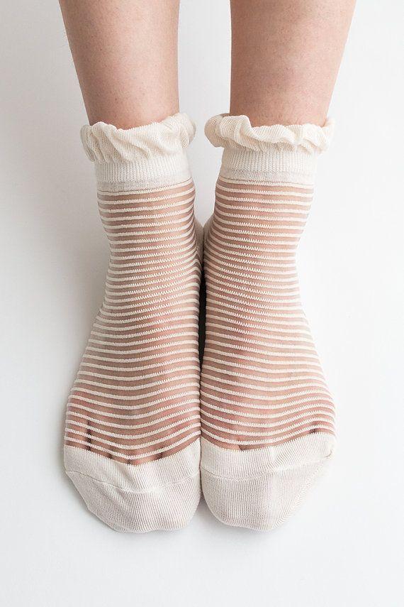 Women New Hezwagarcia See Through Mega Sheer Frill Ruffle Ivory Color Stripe Pattern Nylon Ankle Socks Hosiery