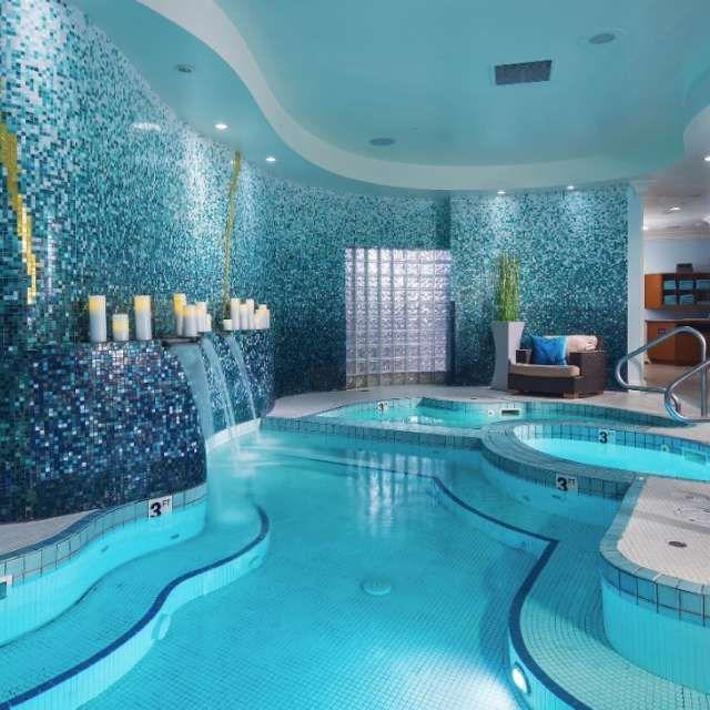 Spas In Las Vegas Nurture Luxor Hotel Casino Luxor Hotel Las Vegas Las Vegas Pool Las Vegas Spa