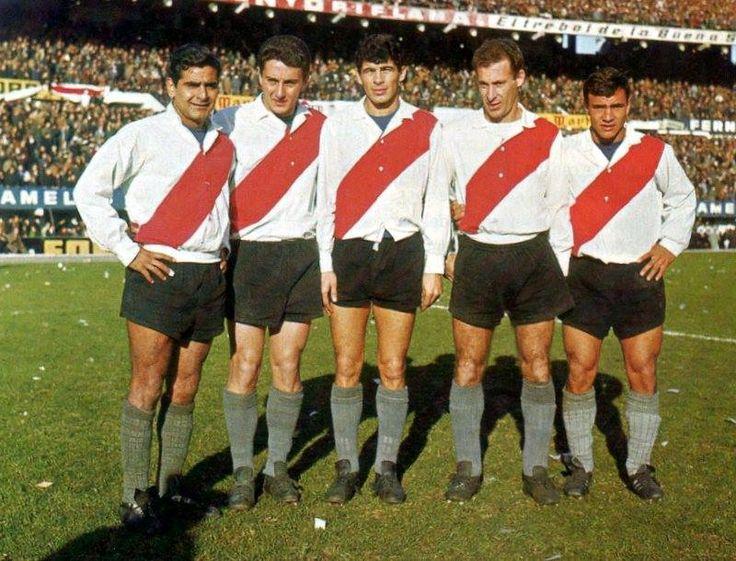 DELANTERA DE RIVER 1965 : CUBILLA , SARNARI , LALLANA , DELEM Y MAS