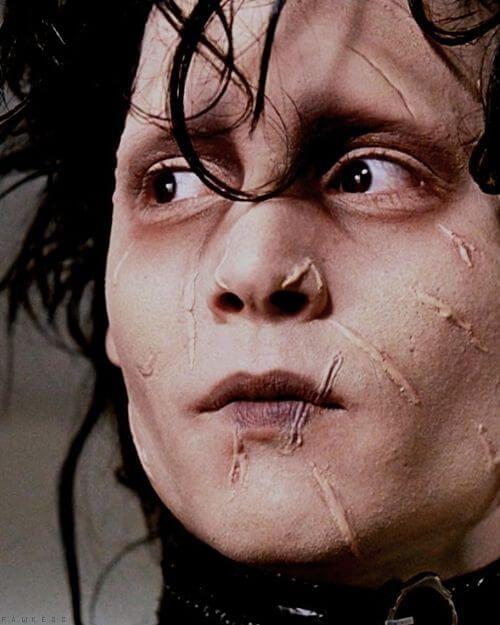 Edward mit den Scherenhänden DIY Kostüm