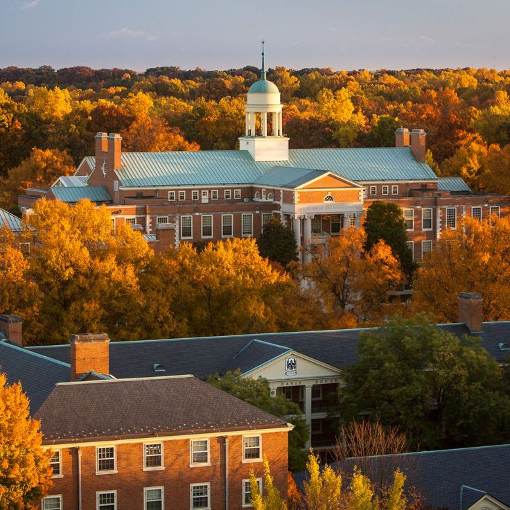 The 25 Most Lovely Faculty Campuses in America