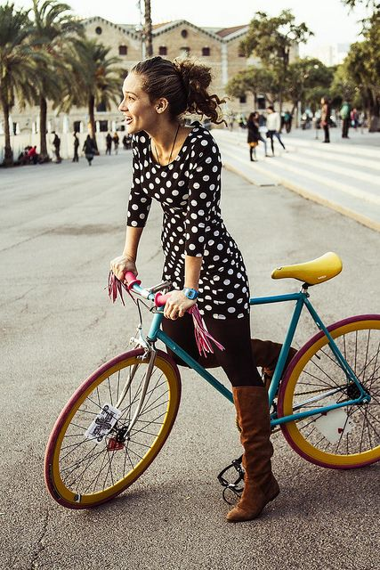 Colourful bike by Barcelona Cycle Chic