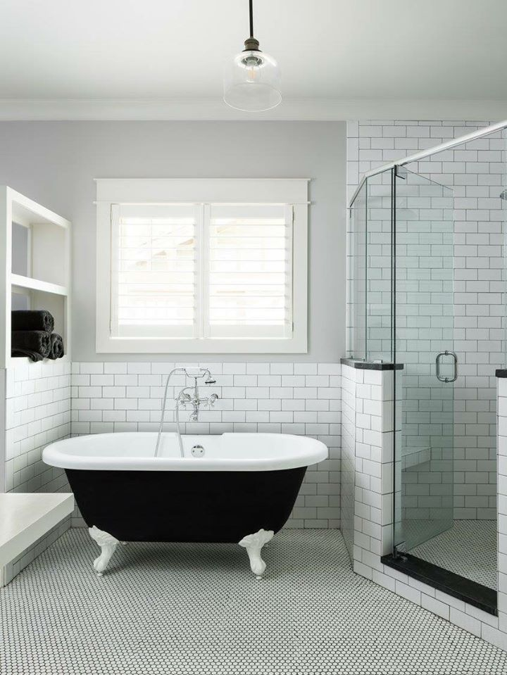 Classic Black And White Bathroom In 2020 Building A House Interior Photography Bathroom