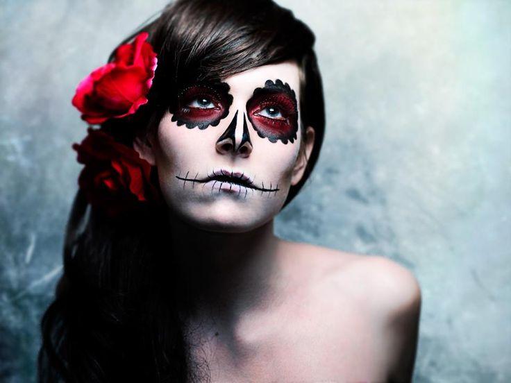 126 best La Santa Muerte images on Pinterest   Sugar skull makeup ...