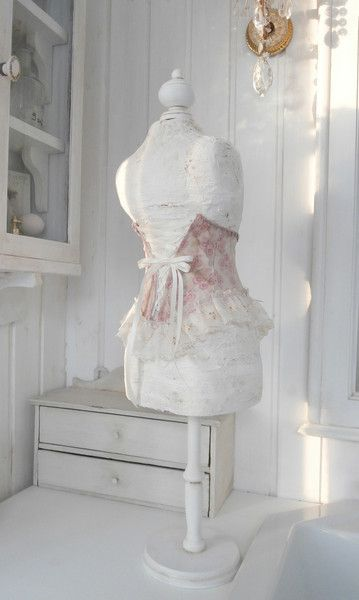 ber ideen zu schneiderpuppe auf pinterest schneiderpuppe selber machen schnittmuster. Black Bedroom Furniture Sets. Home Design Ideas