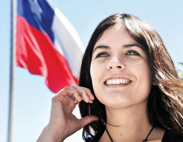 51 Pics of Camila Vallejo - The most beautiful communist in the world!
