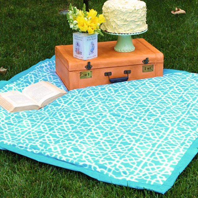 25 Best Ideas About Picnic Blanket On Pinterest Picnic