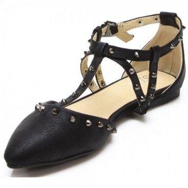 Diese #Sandalen sind einfach spitze. Schlicht,rockig,sehr sexy und verführerisch. Egal ob im Büro, Dinner,Kinoabend sogar für die Disco.Diese  #Schuhe momentan sehr angesagt. Unser Preis: 11,90 €