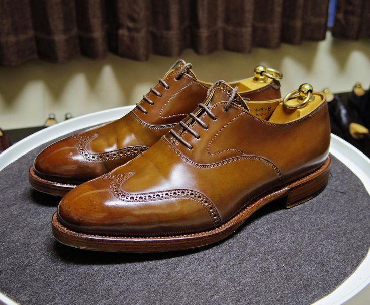 KOKON 明日も午前中だけ仕事なので靴を用意 雨は大丈夫でしょうか #kokon #kokonshoes #shoes #mensshoes #shoecare #cordovan #ココン #紳士靴 #革靴 #靴磨き #シューケア #コードバン