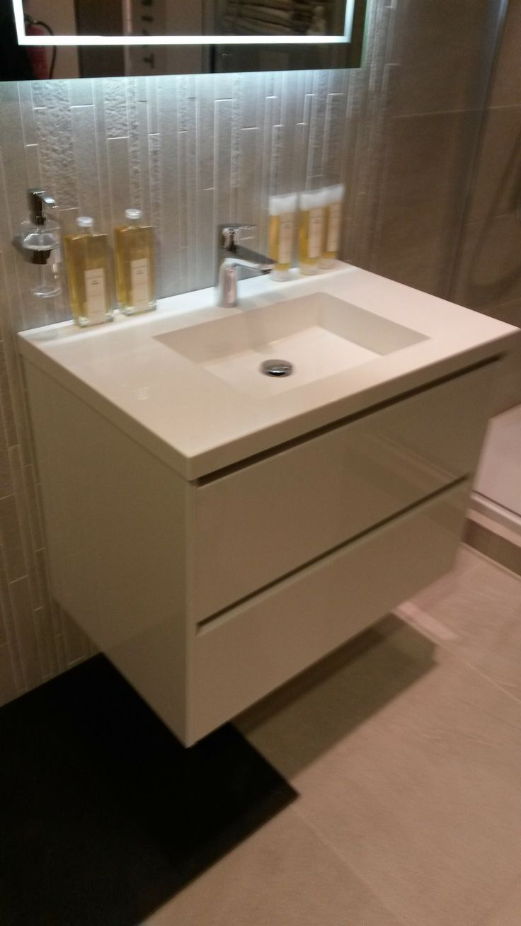 34 best images about wastafel on pinterest white vanity countertops and drawers - Wastafel console ...