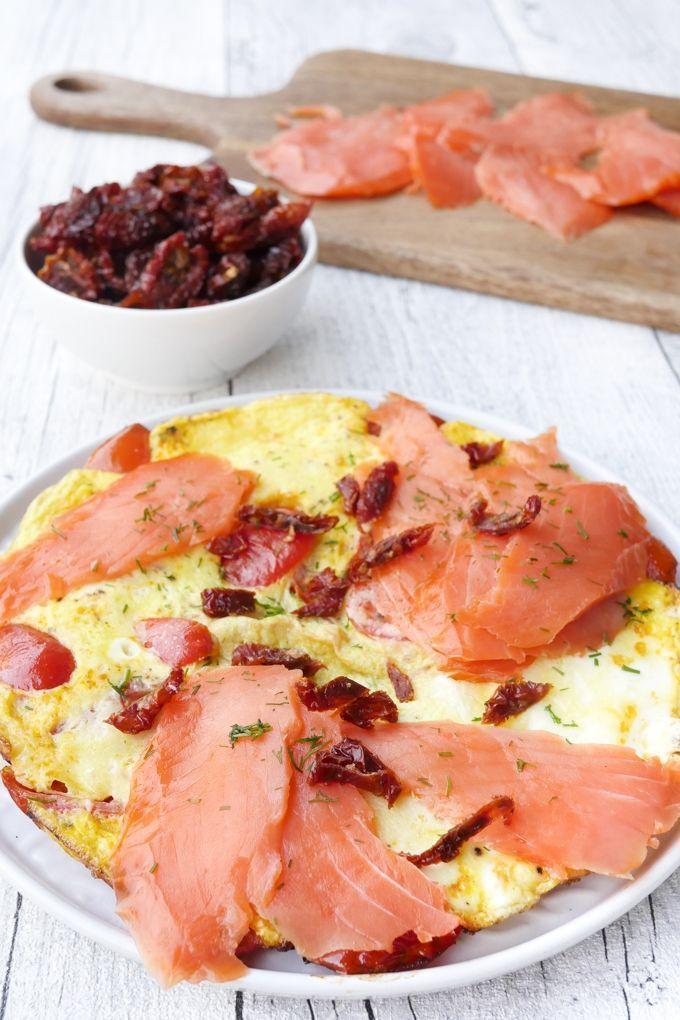 omelette mit r ucherlachs rezept gaumenfreundin foodblog pinterest rezepte weight. Black Bedroom Furniture Sets. Home Design Ideas
