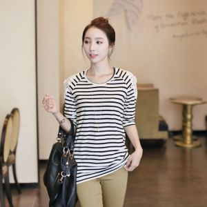 Republic of Korea reigning Women's Clothing Store [CANMART] Only muse lace tee / Size : FREE / Price : 18.40 USD #korea #fashion #style #fashionshop #apperal #koreashop #missy #canmart #tee #top #stripe #dailylook