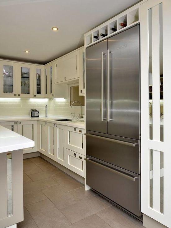 Smallbone Style Mirrored Inserts Kitchen