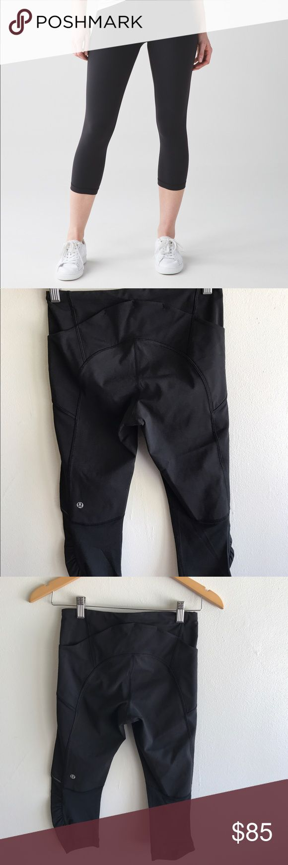 🍋Lululemon Crop Leggings 🔸Black Lululemon Leggings 🔸Size 4 🔸EUC-worn once-Like New 🔸Pocket on Sides 🔸No Stains           Please let me know if you have any additional questions! 🌺🙂 lululemon athletica Pants Leggings