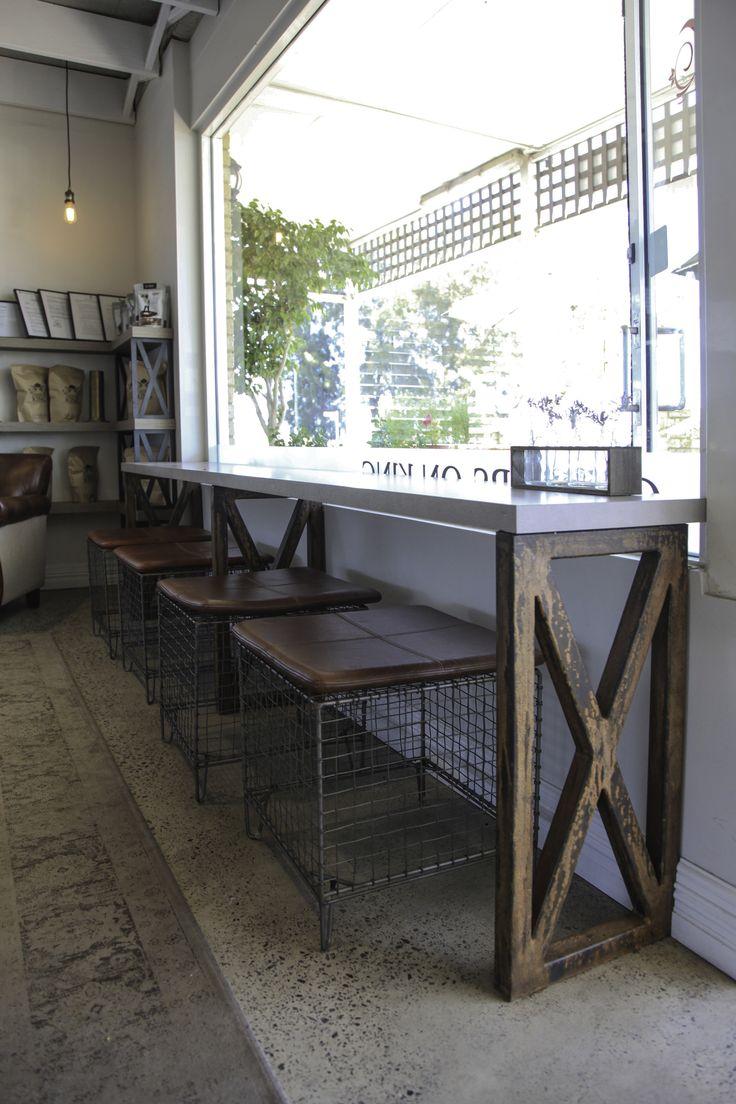 Corners on King - Window Bar Seating