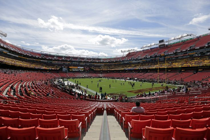Fedex field begins to fill up for the Steelers v. Redskins season opener on September 12, 2016 at 7:10 pm