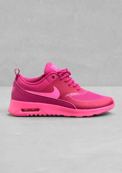 NIKE The Nike Air Max Thea features a sleek and low-cut design, offering  both lasting comfort and understated style. The upper is textile-based with  ...