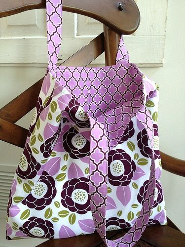 Tutorial Tuesday ~ My Go-to Tote Bag | http://fabricshopperonline.com/tote-bag-tutorial/