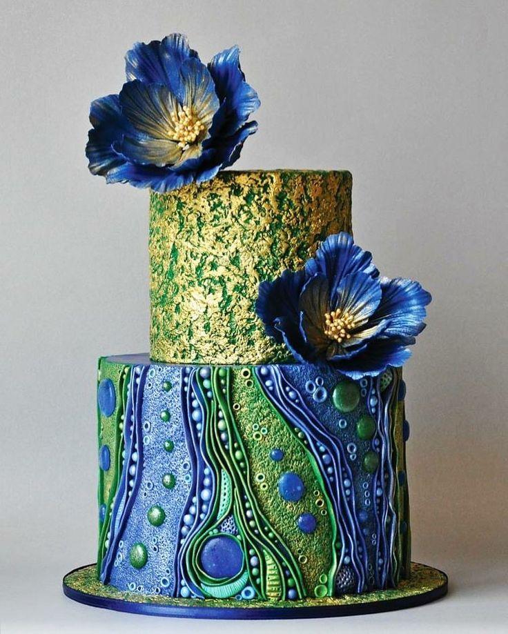 American Cake Decorating. Horrible or fabulous?