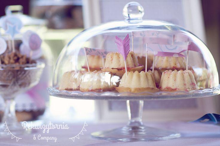 Mini babeczki cytrynowe. #rekwizytorniaandcompany #wesele #urodziny #dekoracje #candybar #trójmiasto