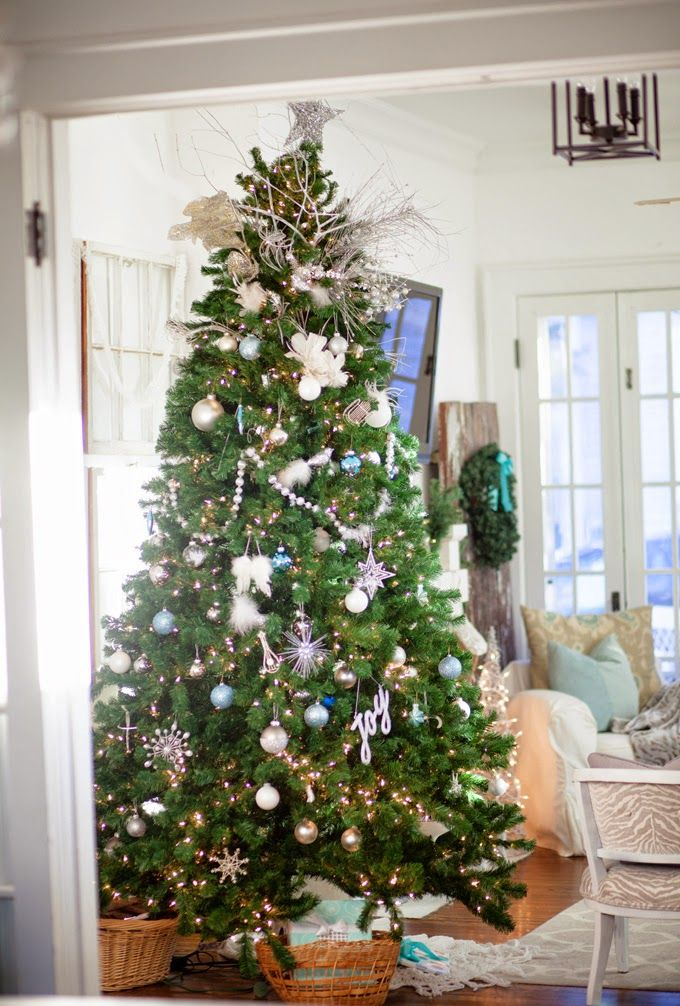 House of Turquoise: Restless Arrow great christmas home tour, handprint wreath, tree colors