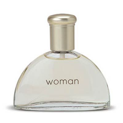 A simple fragrance for the modern woman with a blend of jasmine, water lily and peony.