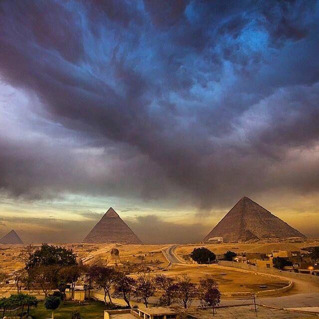 As incríveis Pirâmides do Egito.