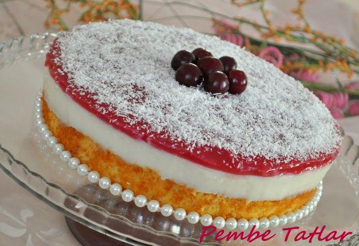 Pembe Tatlar: Pastalar Kırmızı başlıklı kız...