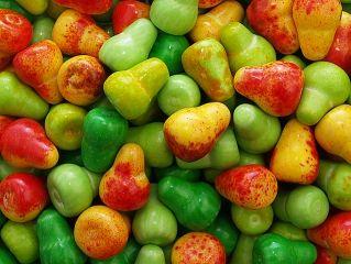 Жев. резинка RUSGUM Цветная груша (фигурная) 20 мм 5*400 штук Артикул: 205438 Описание: Жевательная резинка российского производства. Фигурная. Цвет: Жёлтый (бок красный), Зелёный, Бледно-зелёный. Вкус: Груша.