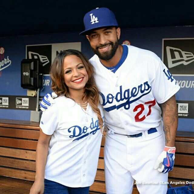Big night tonight on #ChristinaMilianTurnedUp I get an offer to sing the #nationalanthem at the #Dodgers game. But with my crazy schedule can I pull thru?! Find out tonight at 10/9central on E! Oh yeah.. That's #mattkemp.. For you ladies.. @therealmattkemp
