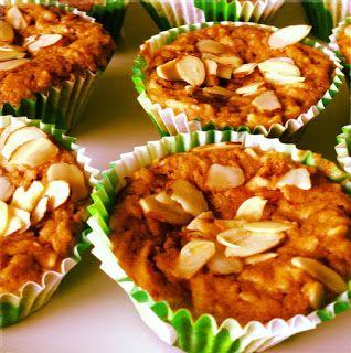 CHEZ L'AMI LOUIS: Apple Almond Cupcake