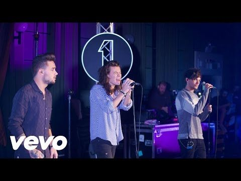 One Direction - FourFiveSeconds (Rihanna and Kanye West and Paul McCartney cover in the Live Lounge) - YouTube