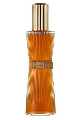 Youth-Dew Amber Nude by Estée Lauder is a warm, spicy, woody Oriental Vanilla fragrance with magnolia, ginger, cinnamon, tea leaf and grapefruit in the top. Carnation, jasmine, ylang-ylang and rose in the middle. Sandalwood, amber, patchouli and vetiver in the base. - Fragrantica