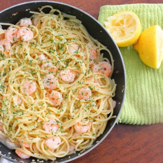 Delicious and easy shrimp scampi that comes together in minutes that the entire family will enjoy