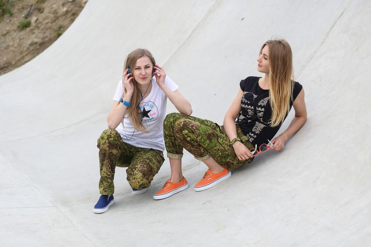 "Women's outdoor pants in camouflage ""Pencott Greenzone"" The model Infection from www-zombiehunter.eu"