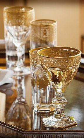 Use a sua imaginação e crie drinks. Copos e taças sugestões  Lojas Domi. http://www.domi.com.br/copos-e-tacas-102.aspx/u