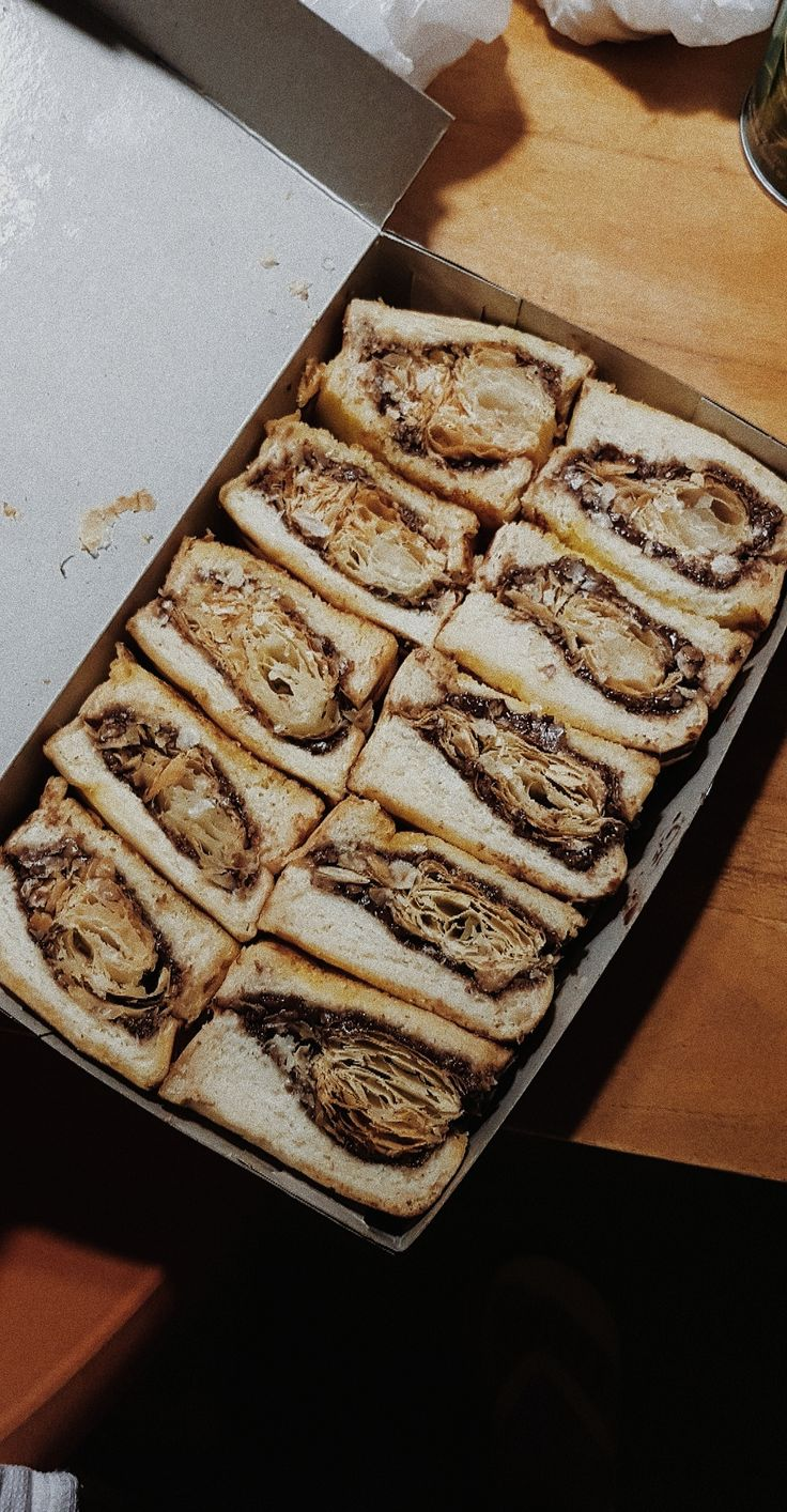 Roti Bakar Premium, 📍Jogja (Dengan gambar) | Makanan, Makanan minuman, Seni makanan