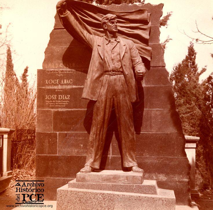 Monumento a José Díaz en Tiflis, Georgia. Inaugurado en 1960