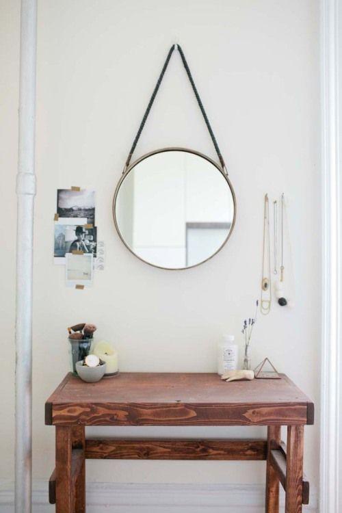 espelho pendurado