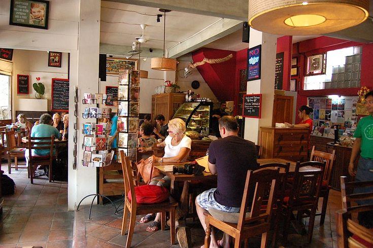 Kafe - Wisata Kuliner Ubud Bali