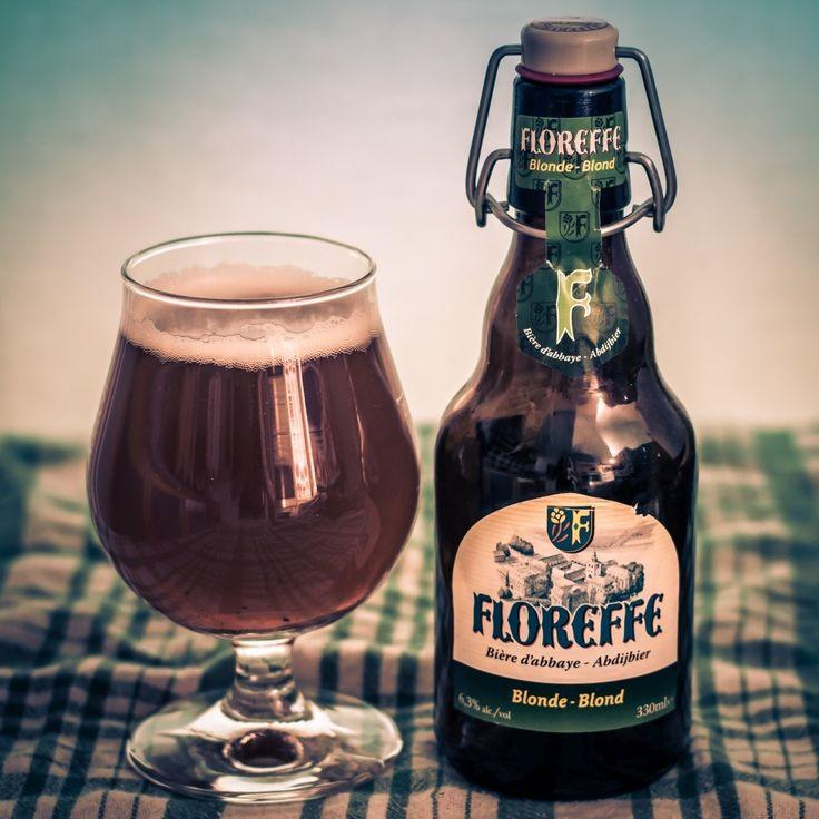 209 Floreffe blonde de la Brasserie Lefebvre. Une ale belge tout à fait correcte mais banale. http://ift.tt/2s1JMxK http://ift.tt/2GEpBcu