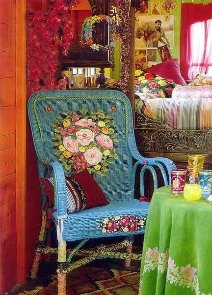 I like the bold colors but could probably do without the flowers on the chair.
