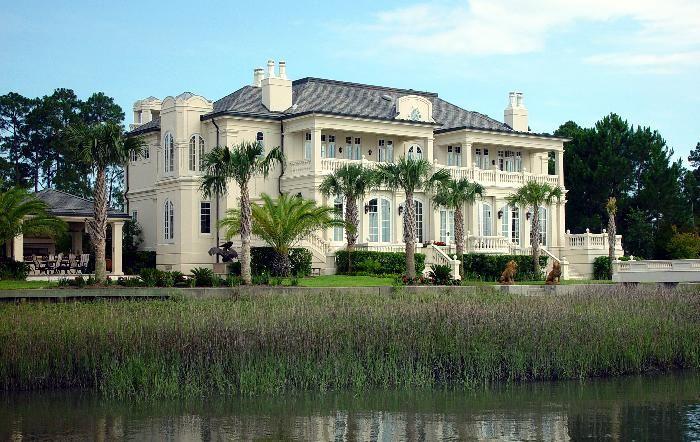 Elizabethan old mansions for sale | Oceanfront Mansions