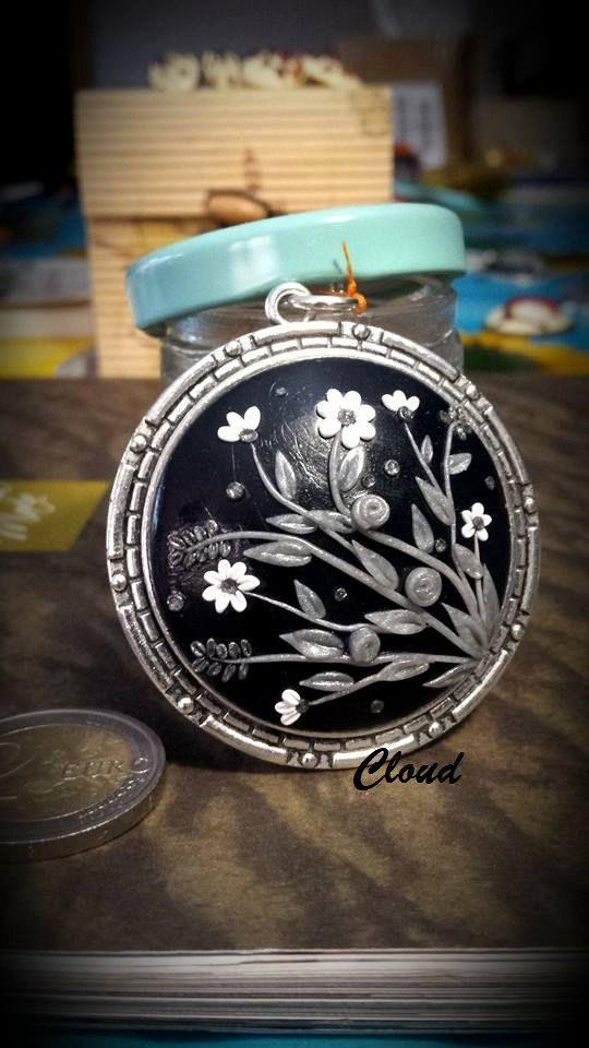 Collana ciondolo floreale di ClaudiaNicolazzo su Etsy